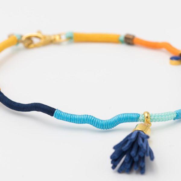 Hundecollier-blau-türkis-ocker-gelb