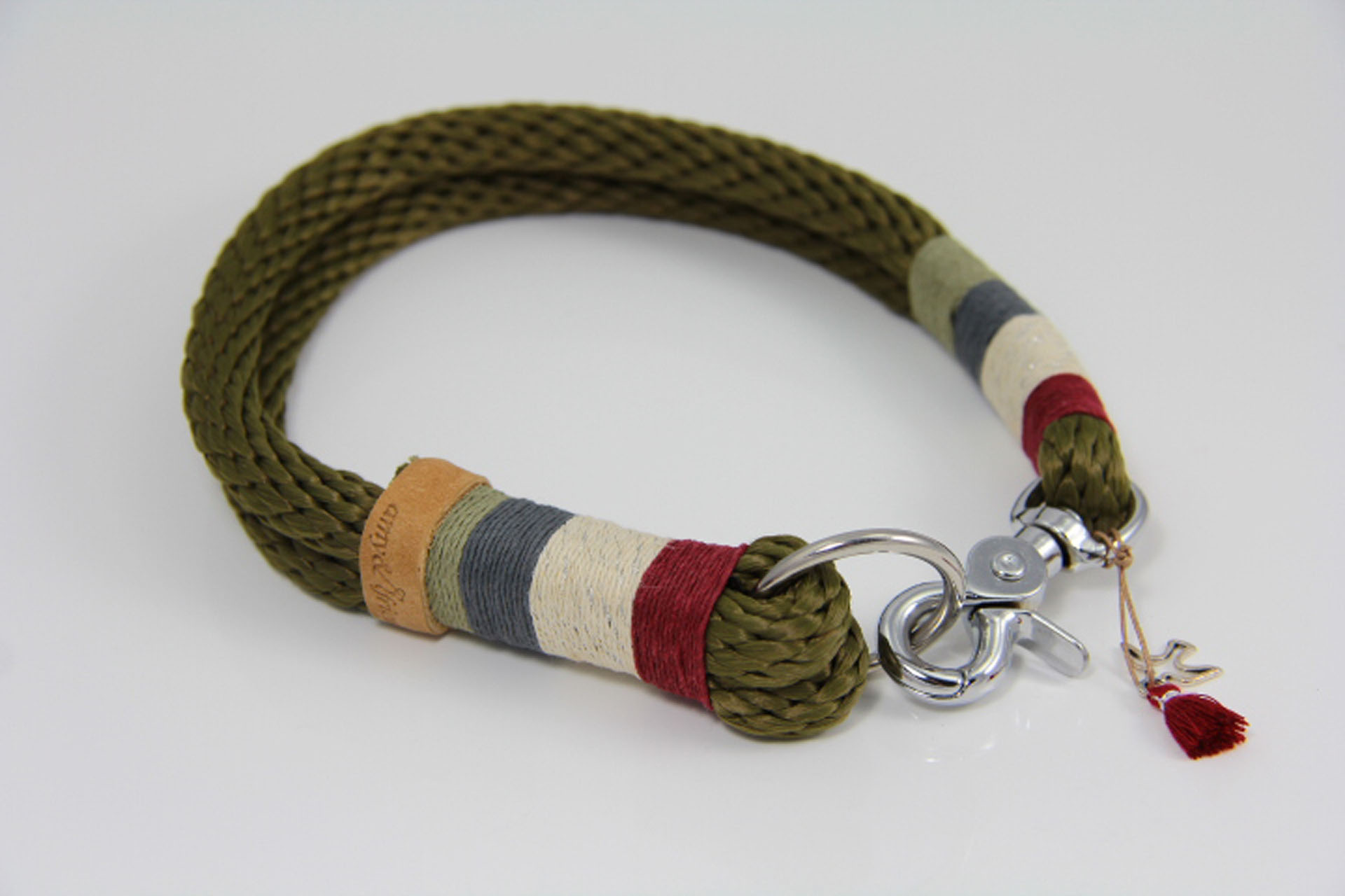 Tauhalsband-amy-and-friends-oliv-burgunder-silber-metallic-dunkelgrau-oliv